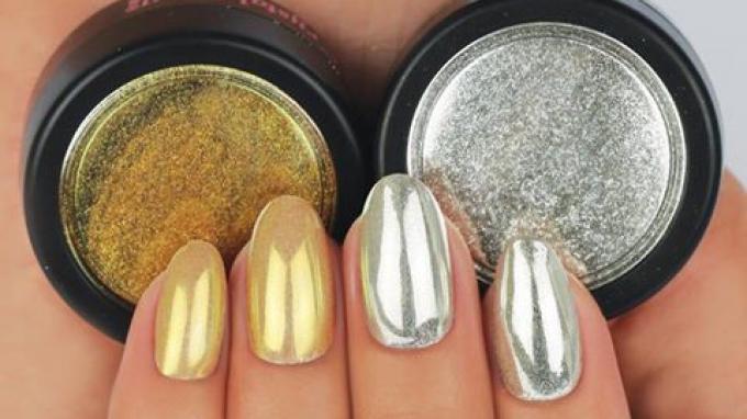 El nuevo Polvo Pigmento de cromo CHROMIRROR de Crystal Nails !